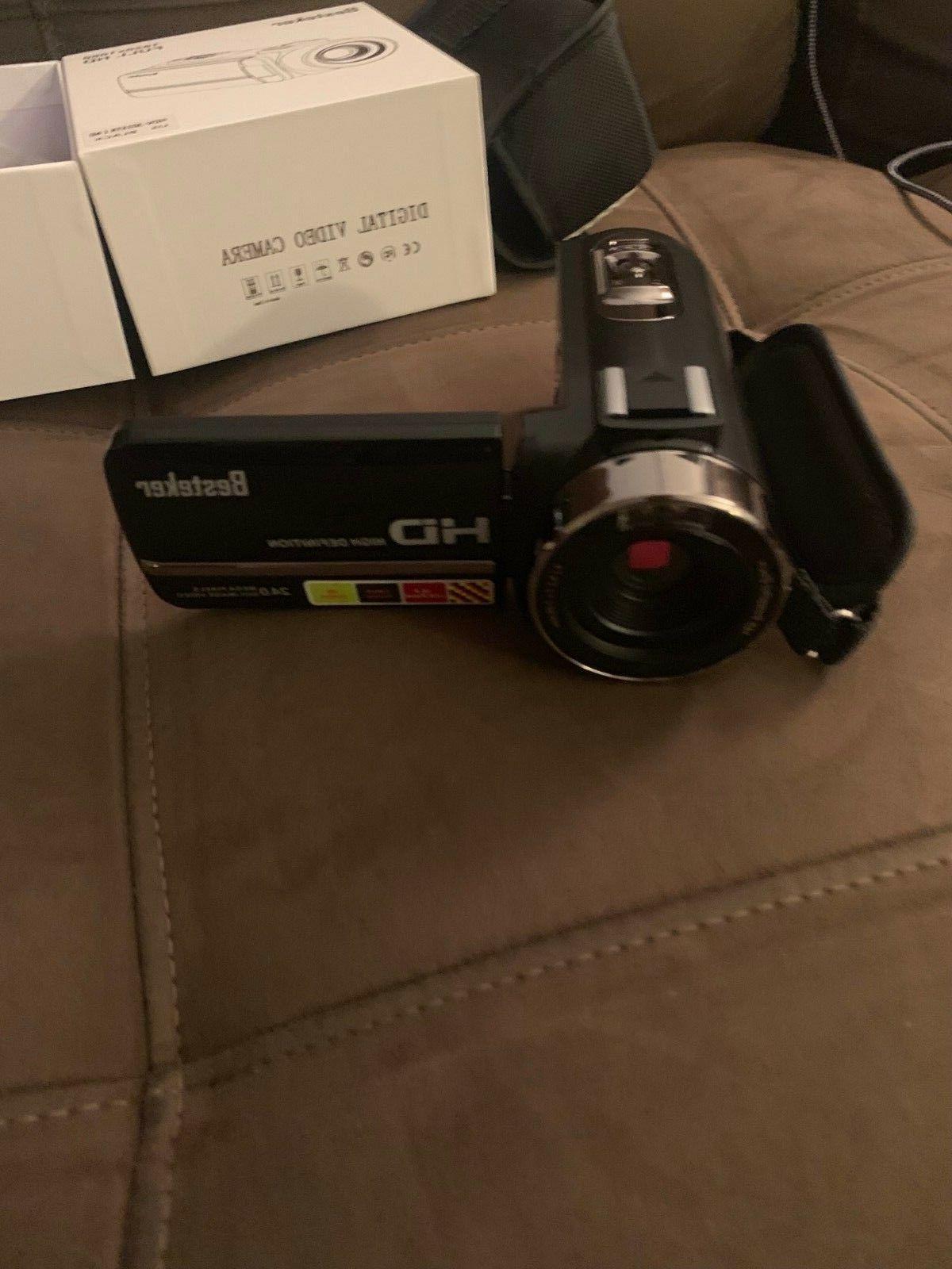 Night Full HD Video Camera w/ mic and angle